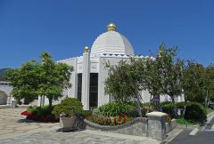 Exterior of Lake Shrine Temple taken from the Courtyard